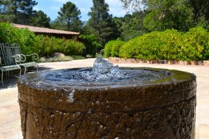Water Feature Bubble Fountain - Big Easy Landscaping