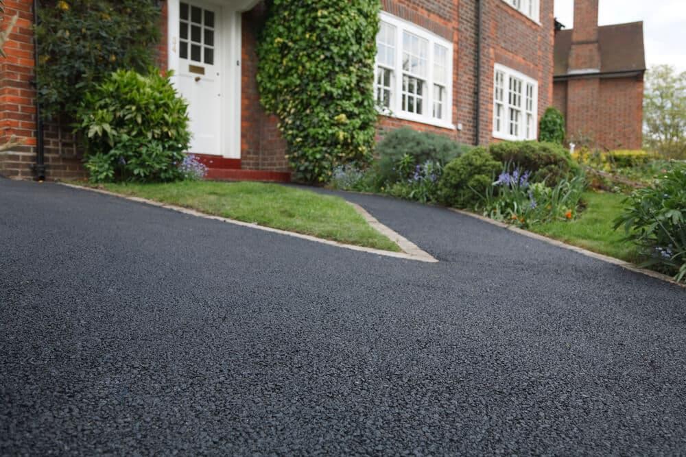 asphalt vs concrete cost