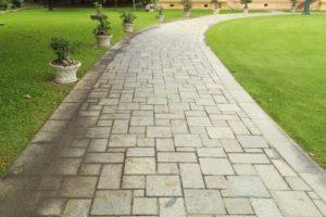stone garden pathway - Big Easy Landscaping